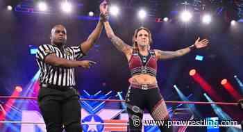NXT Highlights: Street Fight Violence, Mercedes Martinez Returns, Breezango & More