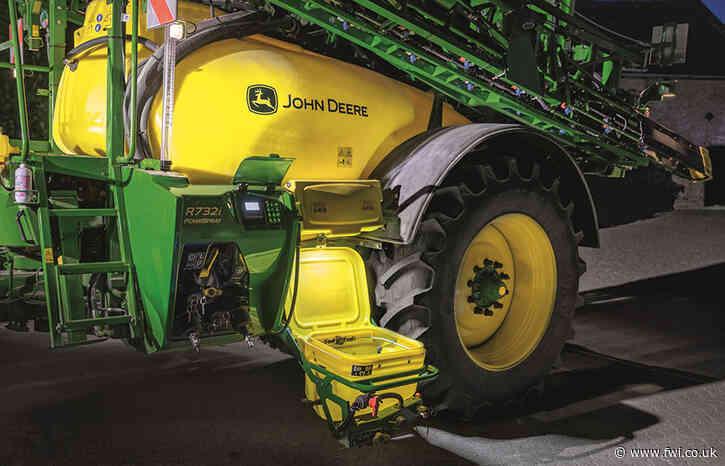 Small R-series John Deere trailed sprayers get extra tech