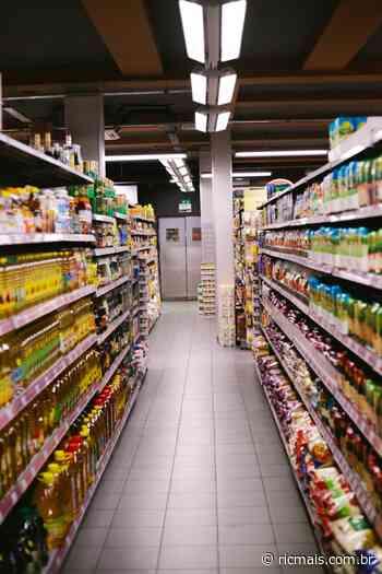 Justiça nega abertura de supermercados de Umuarama aos domingos - - RIC Mais