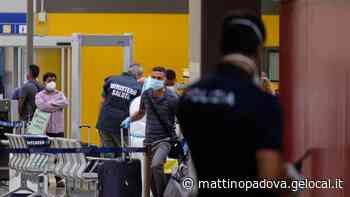 Voli infetti dal Bangladesh, cinque stranieri contagiati tra Jesolo e il Cavallino - Il Mattino di Padova