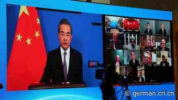 Wang Yi nimmt an Videoforum chinesischer und amerikanischer Medien und Denkfabriken teil - Radio China International