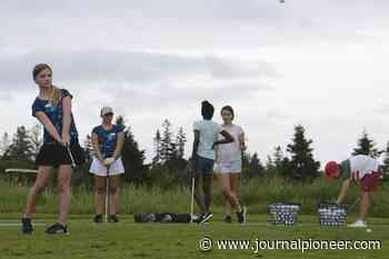 Forty girls are learning about golf at Fox Meadow course in Stratford - The Journal Pioneer