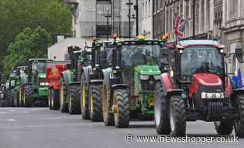 Farmers drive tractors to London for food standards protest