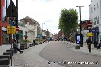 Man charged after girl, 15, robbed in Watford town centre