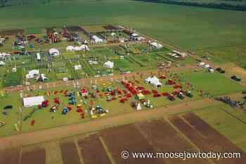 Thanks for Farming Tour coming to Assiniboia, Craik, North Battleford - moosejawtoday.com