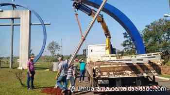 Cruzeiro do Oeste instala postes pela cidade para fixar câmeras de monitoramento - ® Portal da Cidade   Umuarama