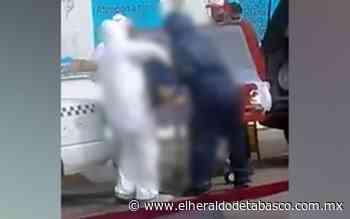 [Video] Manipulan cadáver en plena vía pública en Teapa - El Heraldo de Tabasco