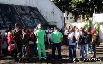 Profissionais de unidade de tratamento psiquiátrico em Salvador protestam contra salários atrasados - G1