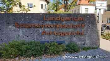 Unternehmer aus Rosenheim wegen Schwarzlohn angeklagt - Prozess am Landgericht Traunstein Tag16 - chiemgau24.de