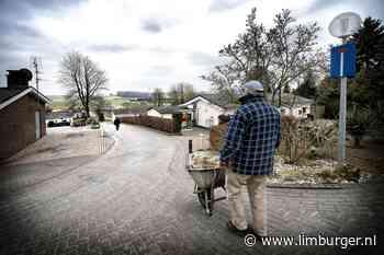 Voerendaal gaat controleren op illegale bewoning van tientallen vakantiehuizen - De Limburger