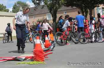 Seine-et-Marne : à Moissy-Cramayel, les collégiens sensibilisés aux dangers du vélo - Le Parisien