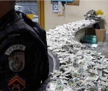 Policiais do 34º BPM, apreendem drogas na mata em Guapimirim - Rede Tv Mais