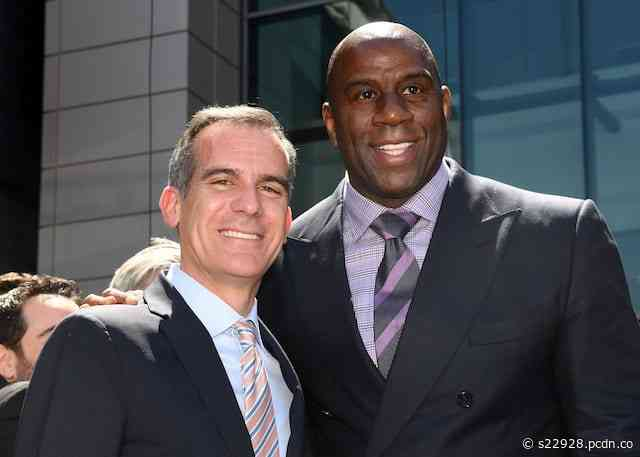 L.A. Mayor Eric Garcetti Compares Coronavirus Social Distancing To Lakers' Triangle Offense