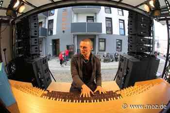 Fenster-Konzerte: Star-Organist Cameron Carpenter gastiert in Eberswalde - Märkische Onlinezeitung