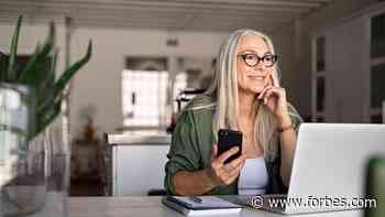 Near Retirement Workers May Gain From Jobs Without Benefits Says Study - Forbes
