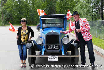 Burns Lake local drives through village in his vintage car on Canada Day - Burns Lake District News