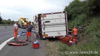 A2 bei Helmstedt: Schinken-Chaos auf der Autobahn – Kissen-Versuch scheitert! - News38
