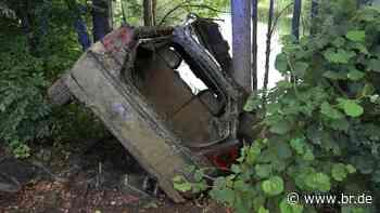 Manching: Fluchtauto von Augsburger Polizistenmördern gefunden - BR24