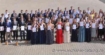 "87 ""Abinauten"" verlassen das System: Entlassfeier am St.-Michael-Gymnasium Monschau - Aachener Zeitung"