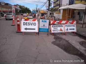 Av. Carlos de Lima Cavalcante passa por obra emergencial, em Olinda - Folha de Pernambuco