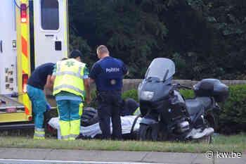 Motorrijder gewond bij ongeval in Jabbeke - Krant van Westvlaanderen