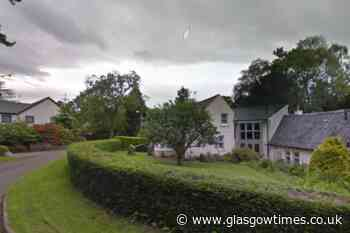 Emergency services rush to large-scale Milngavie house fire - Glasgow Times