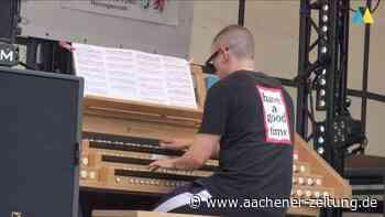 """Orgel-Virtuose Cameron Carpenter in Herzogenrath: """"Atemberaubend! Abgedreht! Abgefahren!"""" - Aachener Zeitung"""
