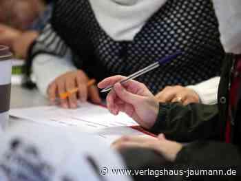 Studie: Zuwanderer kommen beim Thema Migration selten zu Wort - www.verlagshaus-jaumann.de
