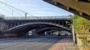 Sperrung der Deutz-Mülheimer Straße wegen Abbau von Eisenbahnbrücken