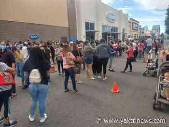 Social media users give glimpse of massive lines at Ross in Yakima Valley, Tri-Cities - YakTriNews KAPP-KVEW