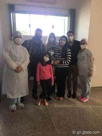 Família diagnosticada com coronavírus recebe alta médica em Dracena - G1