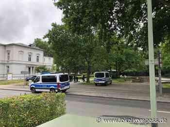 Großaufgebot an Einsatzkräften war unterwegs: Parks im Fokus der Polizei Duisburg - Duisburg - Lokalkompass.de