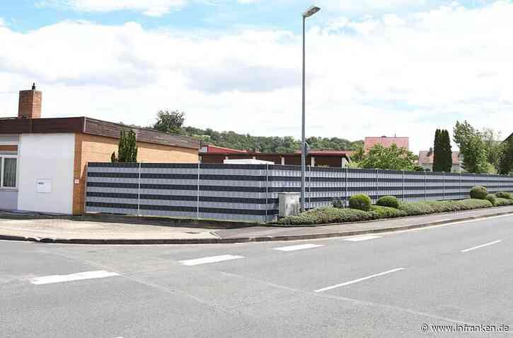 Gemeinderat Segnitz: Sichtschutzzaun muss zurückgebaut werden