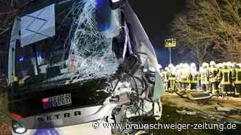 Stockstadt am Main: Unfall von Reisebus in Landkreis Aschaffenburg - Braunschweiger Zeitung