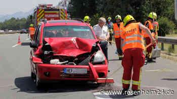 Unfall auf der A8 bei Bad Aibling - Zwei Verletzte