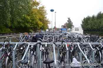 Plaats voor zeventig fietsen aan jeugdcentrum