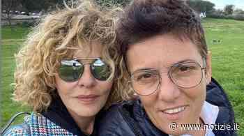 Eva Grimaldi rimprovera Imma Battaglia: le sue parole - Notizie.it