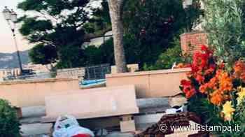 Bivacco abusivo sulla passeggiata di Alassio, quattro stranieri multati - La Stampa