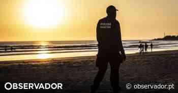 Jovem de 23 anos cai inanimada no areal após ida ao mar em Vila do Conde - Observador