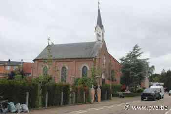 Te koop: kapel met scheef torentje (Sint-Niklaas) - Gazet van Antwerpen Mobile - Gazet van Antwerpen