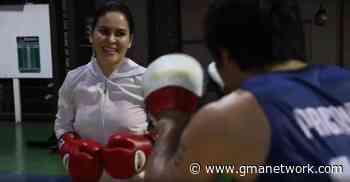 Manny Pacquiao trains wife Jinkee in boxing amid quarantine - GMA News