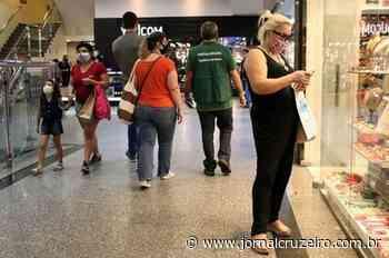 Shoppings vão focar nos canais digitais - Jornal Cruzeiro do Sul