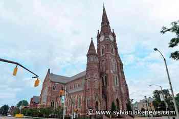 After lobbying, Catholic Church won $1.4B in virus aid - Sylvan Lake News