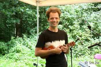 Thomas Ameloot trapt Muzikale Notendag af in bezoekerscentrum De Blankaart in Woumen