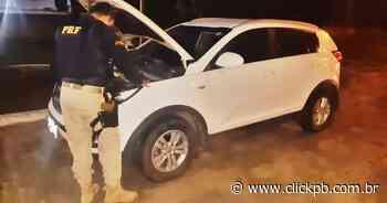 Carro roubado em Pernambuco é recuperado pela PRF no município de Bayeux - ClickPB