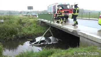 Ehepaar aus Emden landet mit Porsche in Fluss in Apen - noz.de - Neue Osnabrücker Zeitung