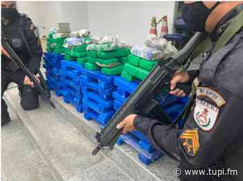 Polícia Militar apreende 120 tabletes de drogas em Campos dos Goytacazes - Super Rádio Tupi