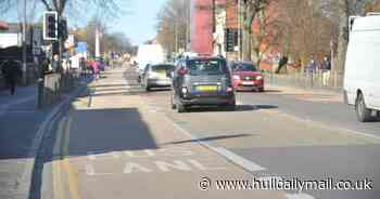 Thousands call for council to abandon Hull's bus lane plans
