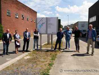 Bedrijventerrein installeert duurzame signalisatieborden (Deinze) - Het Nieuwsblad