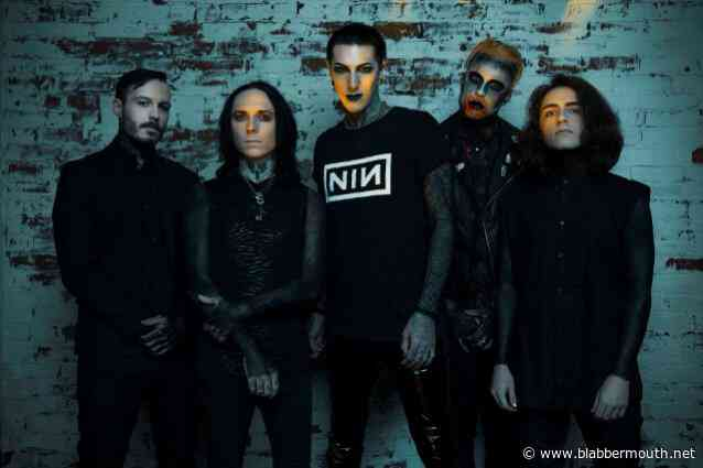 MOTIONLESS IN WHITE Has 'Two Projects' Coming Out This Summer